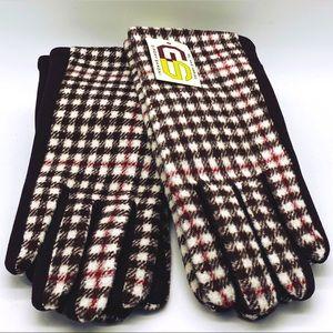 Brown Plaid Tech Touch Gloves NWT
